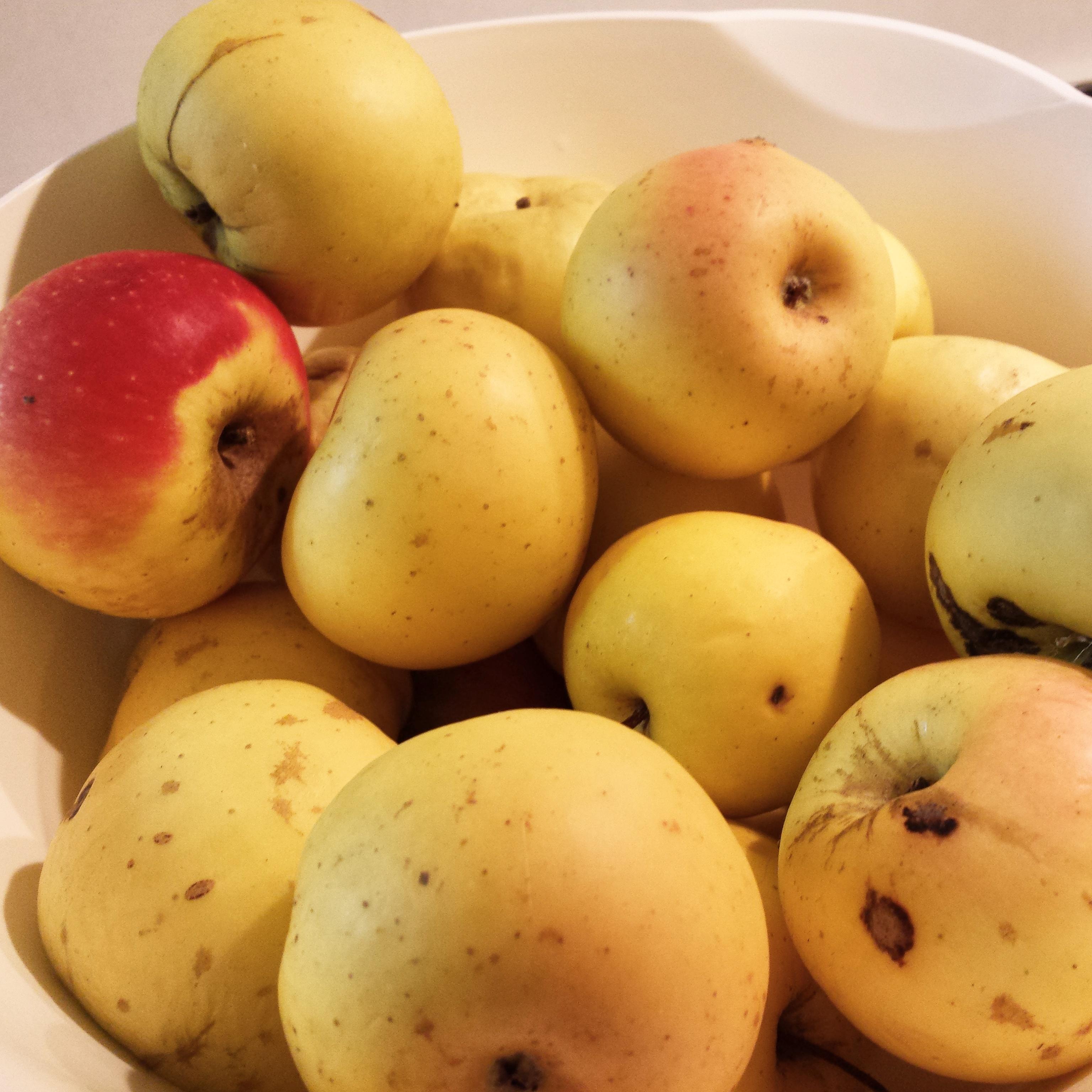 mele piccole naturali